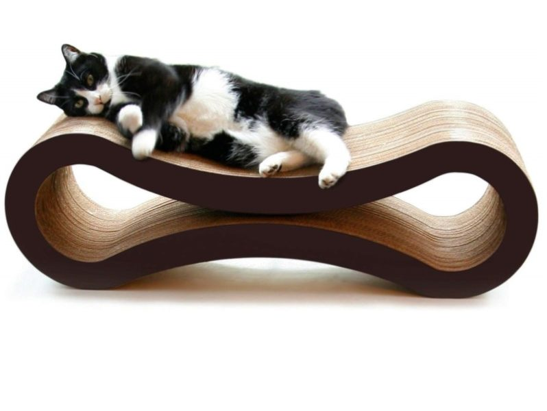 1.PetFusion Ultimate Cat Scratcher Lounge. [Superior Cardboard & Construction]. Beware 'cheaper copycats' with 'unverified' reviews