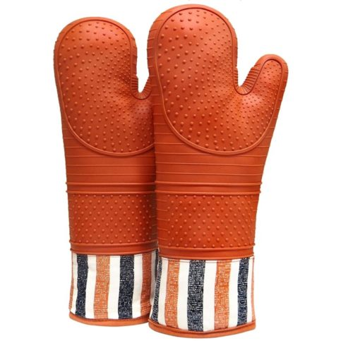 3.RED LMLDETA Heat Resistant 550 Degree Oven mitt, Silicone Oven Hot Mitts - 1 Pair, Extra Long Professional Baking Oven Gloves