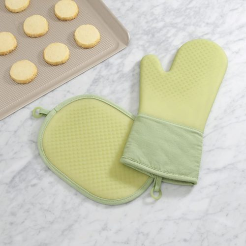 8.OXO Good Grips Silicone Oven Mitt - Teal