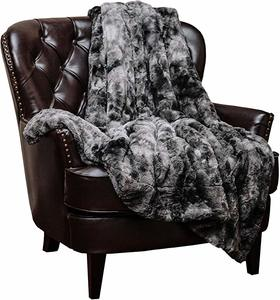 3. Chanasya Fuzzy Faux Fur Throw Blanket